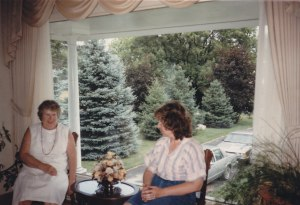Elizabeth_Holmberg_and_Lynne_Browne
