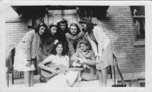 Elizabeth_Holmberg_Far_Right_Grade_VIII_Bartonville_Public_School_1941